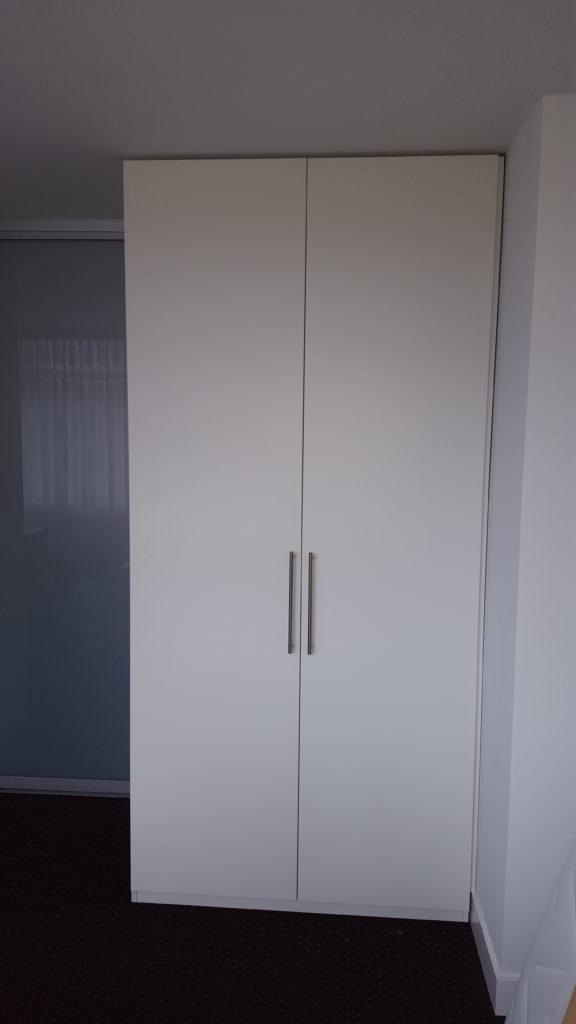 Draaideurkast met 2 deuren