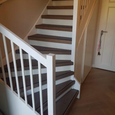 De 5 voordelen van traprenovatie met eiken treden