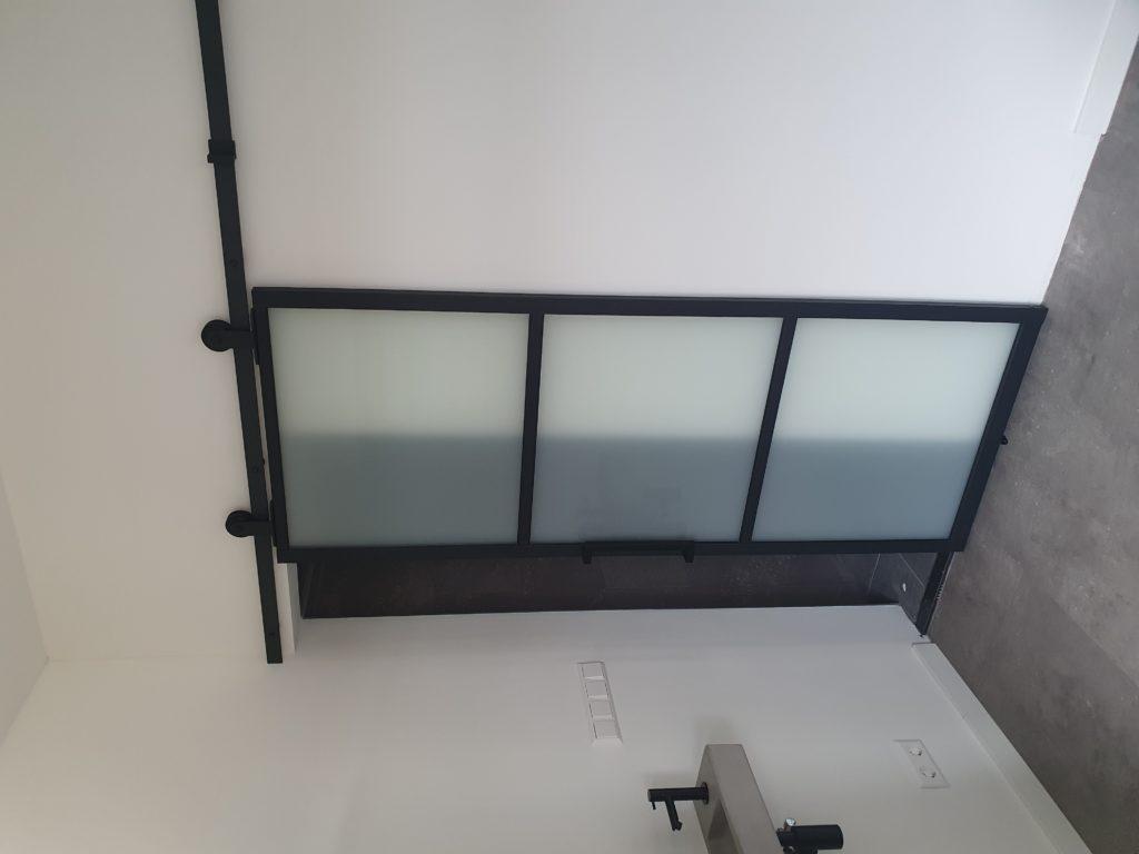 Metallook 6000 wiel bovenop mat gelaagd glas 1